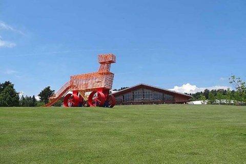 高森山馬事公苑「U.m.a.」 牛嶋均 U.m.a. Hitoshi Ushijima 現代美術・アート Contemporary Art オフソサエティ offsociety