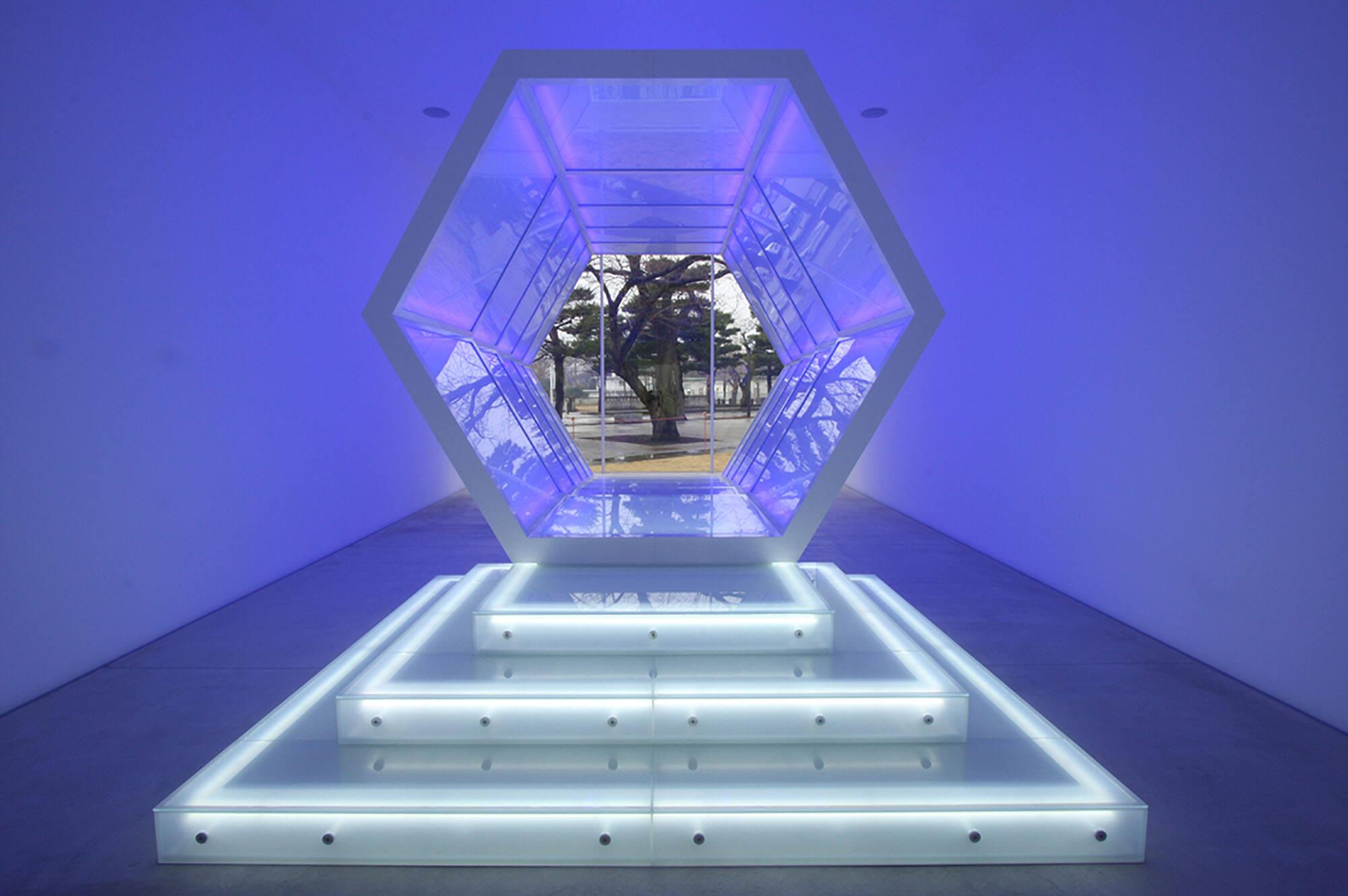 アナ・ラウラ・アラエズ ブリッジ・オブ・ライト 現代美術 Contemporary Art