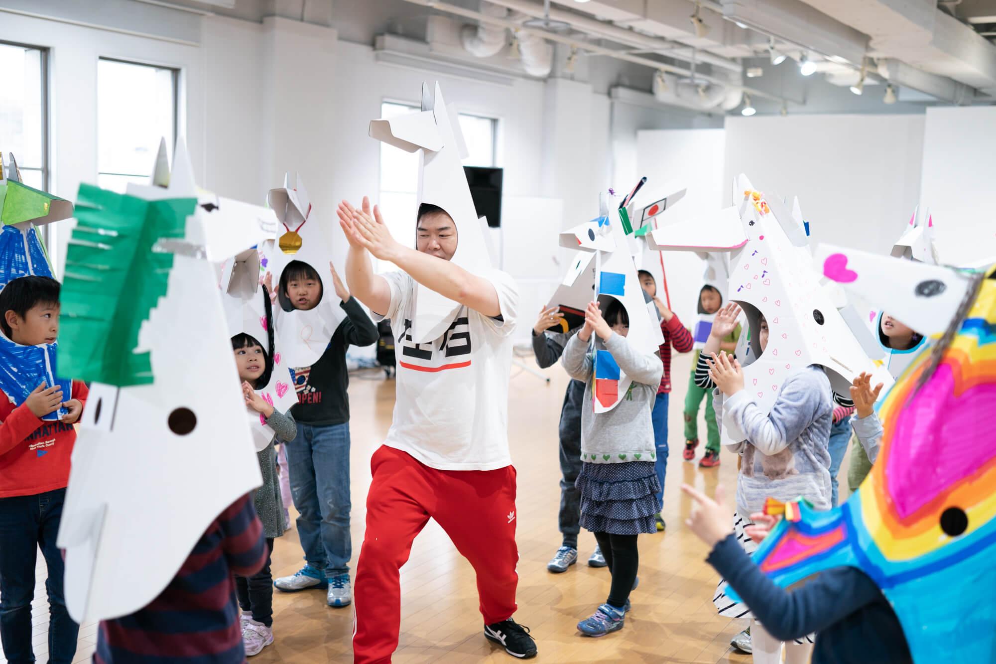 YCC Kids Workshop 安斉将 + 後藤かおり 「ウマジン × 横浜馬車道」| ワークショップ | offsociety inc.