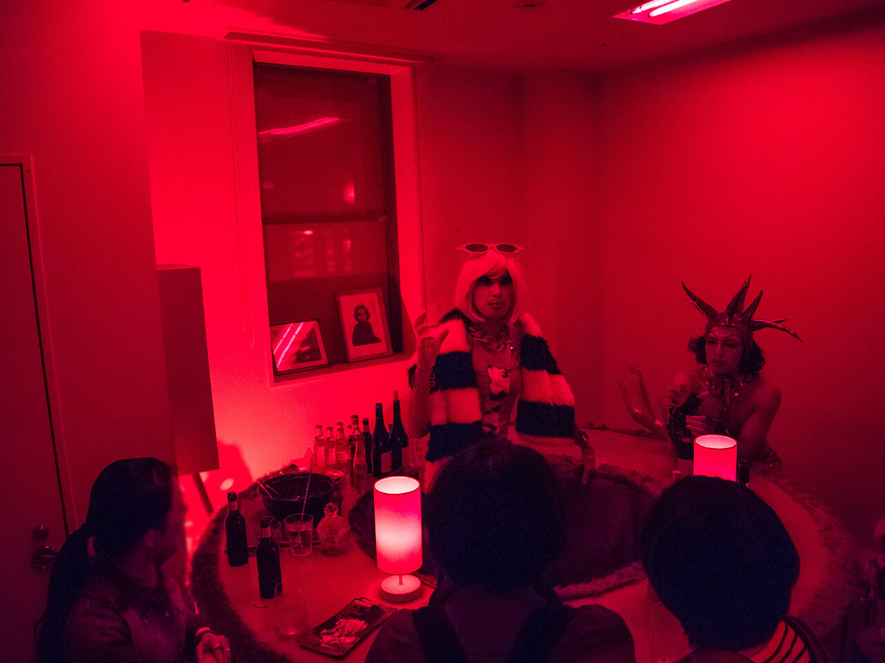 RED ROOM #5 PHOTOS 現代美術・アート Contemporary Art オフソサエティ offsociety